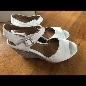 New Clark's Leather White Nadene Lola Wedge 6 1/2